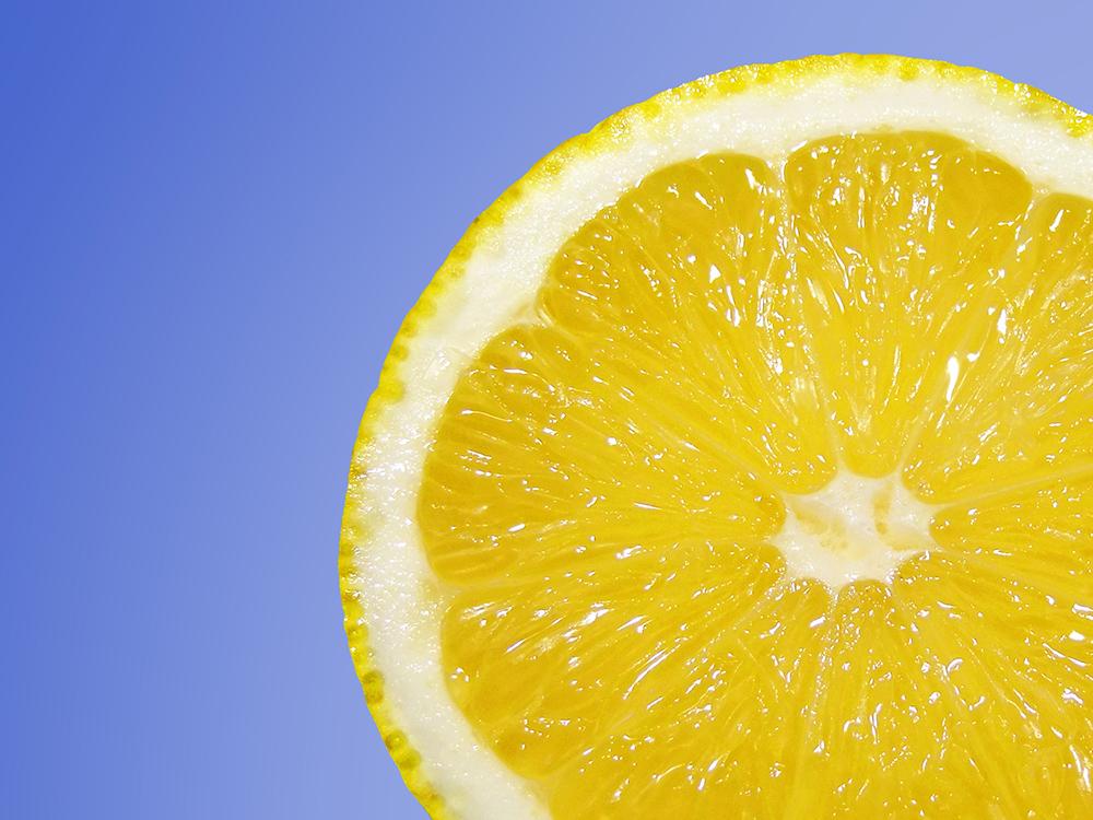 Eine Fruchtsäuretherapie dient der Hautverjüngung und Verminderung von Hautfalten!